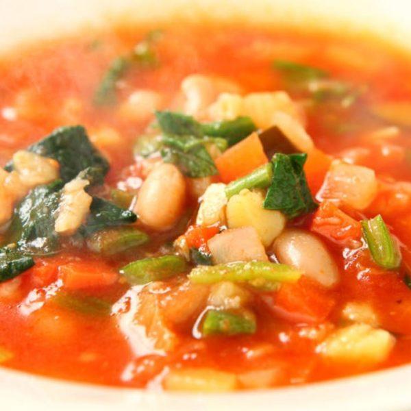 当店自慢の10種の野菜のスープ